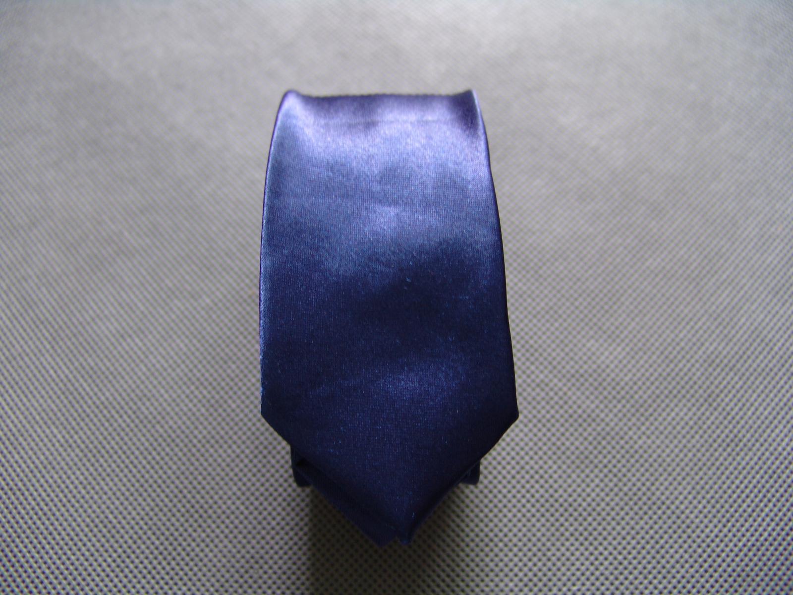 SKLADEM - modrá pánská kravata - slim - Obrázek č. 3