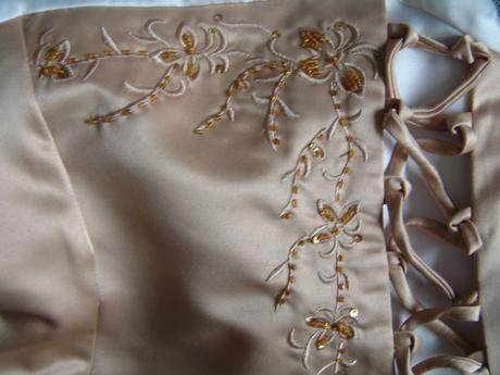 SKLADEM - champagne šaty 3-7 let - Obrázek č. 3