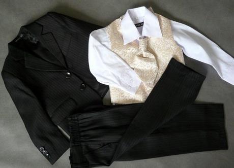 SKLADEM - k zapůjčení černý oblek 1-2 roky - Obrázek č. 1
