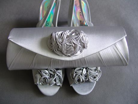SKLADEM - SLEVA - stříbrné lodičky (kabelka) - Obrázek č. 1