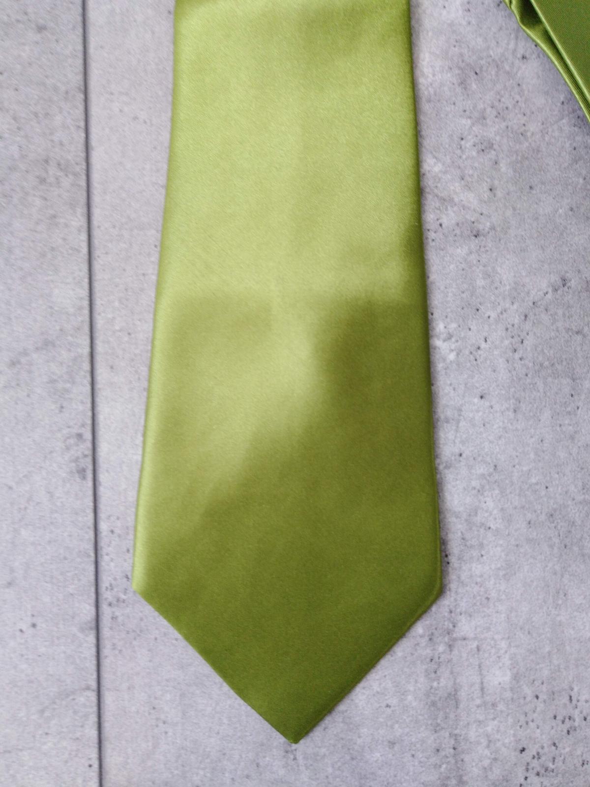 SKLADEM - pánská zelená kravata - Obrázek č. 2