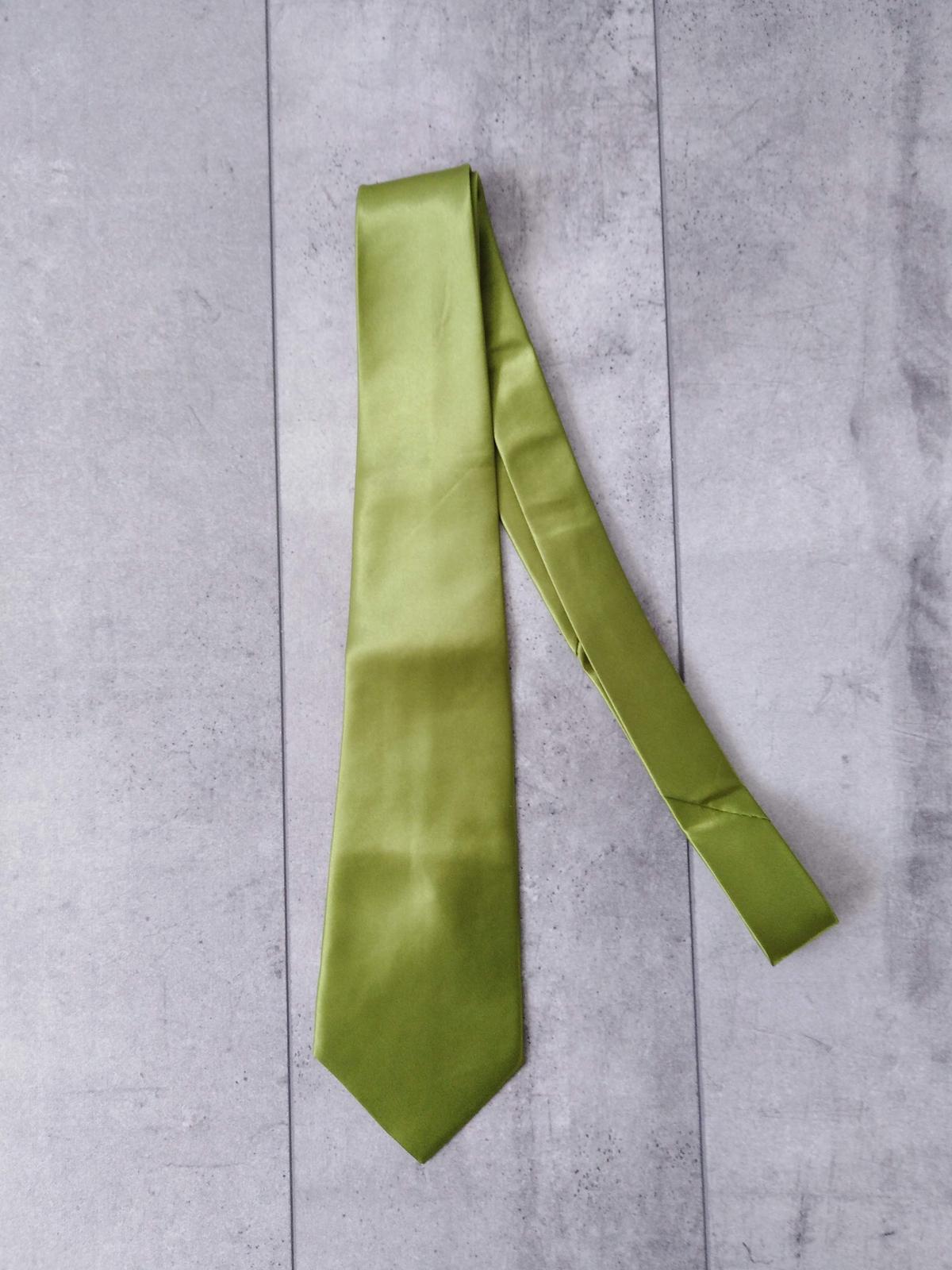 SKLADEM - pánská zelená kravata - Obrázek č. 1