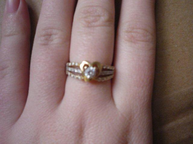 Premena sna na realitu - snubný prstienok :*