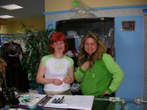 a to jsou ony ... dvě super ženské ze salonu Karina v Ostravě-Porubě