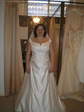 s.miss angel-šaty č.2 se závojem