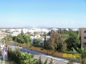 Svatební cesta Tunisko - výhled z balkonu