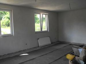 obývačka montujeme radiatory