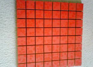 vytúžená mozaika okolo vane