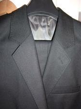 Oblek ženicha.... sluší mu! A MOC! :-)