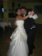 náš prvý novomaželský tanec - SLOVENSKÉ MAMIČKY NESMÚ CHÝBAŤ