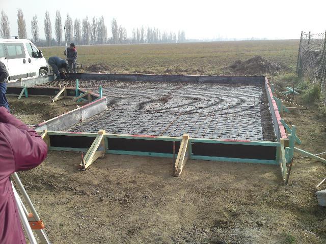 Aktualny projekt - príprava základov pre záhradný domček
