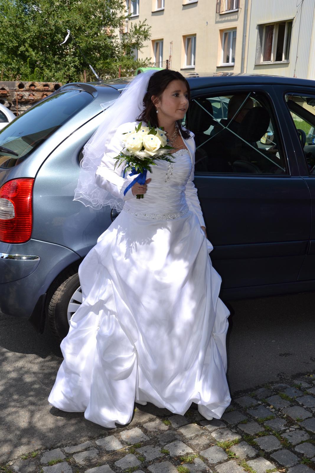 svatební šaty maskující bříško - Obrázek č. 1