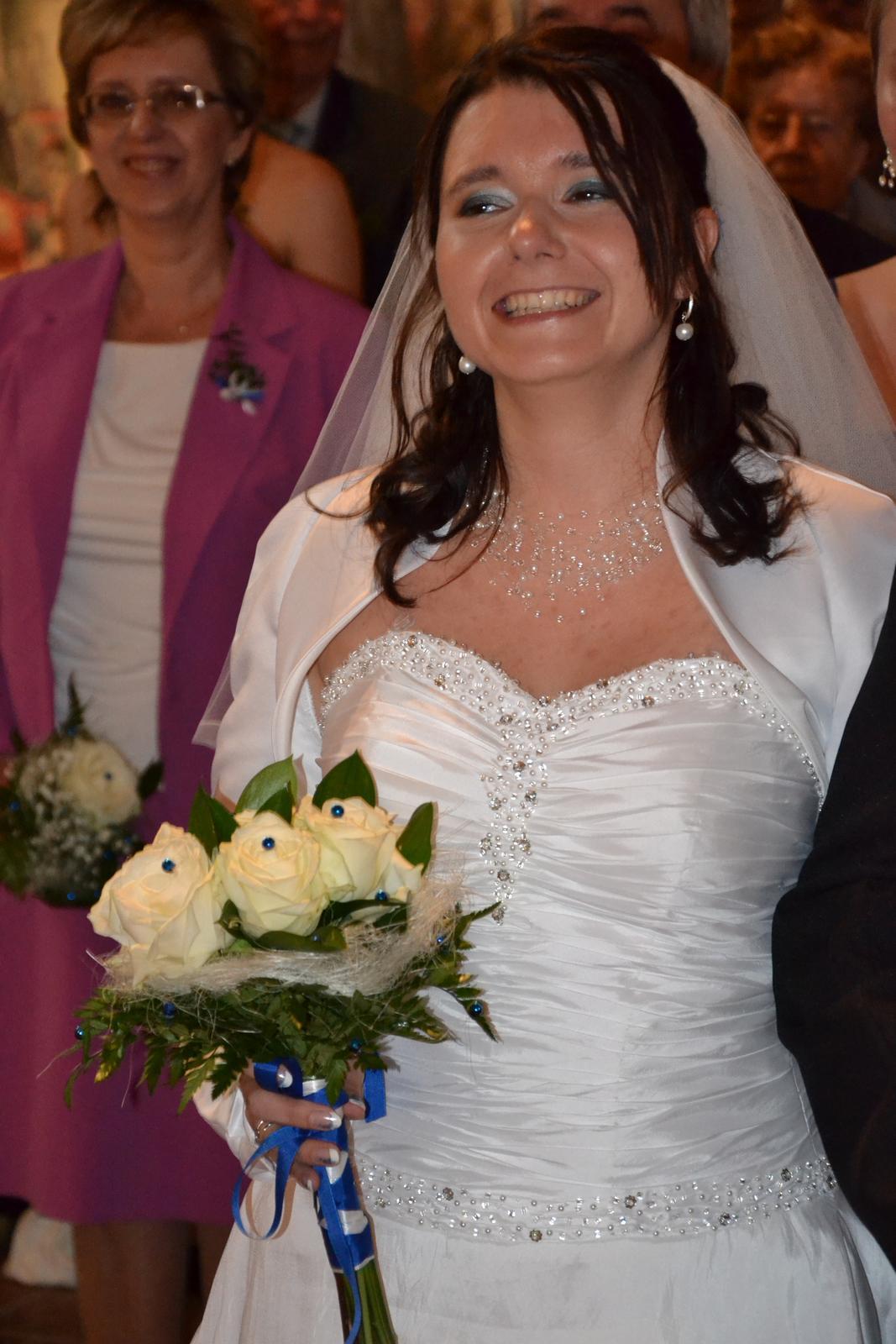 svatební šaty maskující bříško - Obrázek č. 2