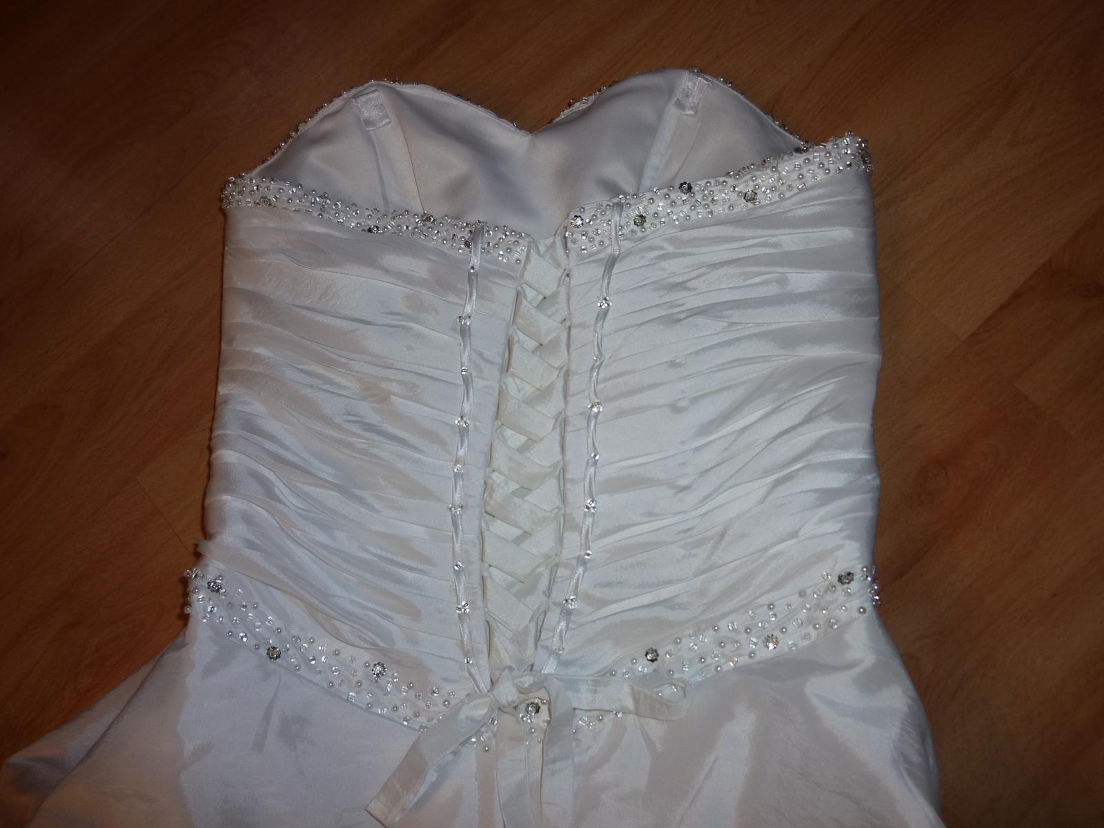 svatební šaty maskující bříško - Obrázek č. 3