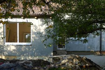 zadní strana domku už se rýsuje...