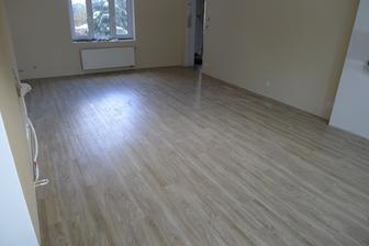 konečně podlaha