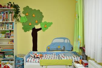 děti mají společný pokojík, takže tohle je část pro chlapečka...