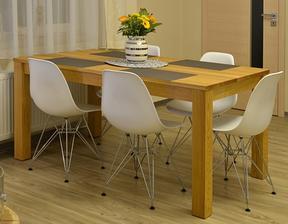 nový stůl už je doma, víc místa a je i rozkládací