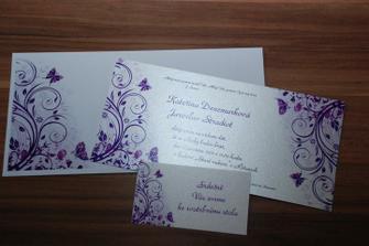 ...a tohle je oznámení, s pozvánkou ke stolu a obálkou se stejným vzorem!!!