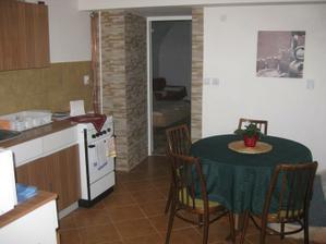 vchod , kuchyňa s jedalňou