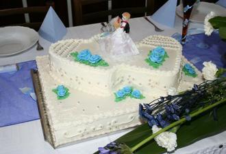 Nasa svadobna torta bola vyborna.