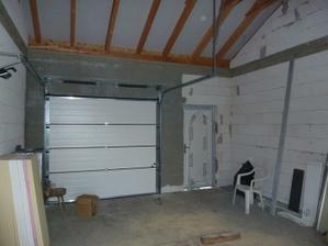 garaz z vnutra
