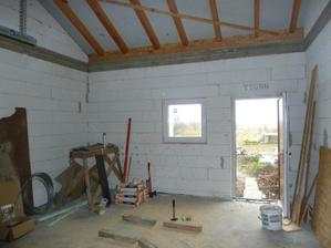 garaz druha strana, smer na dvor