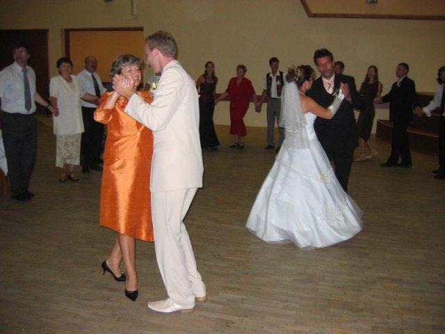 Andrea Gajdošová{{_AND_}}Marek Fraňo - tanec s mojimi rodičmi