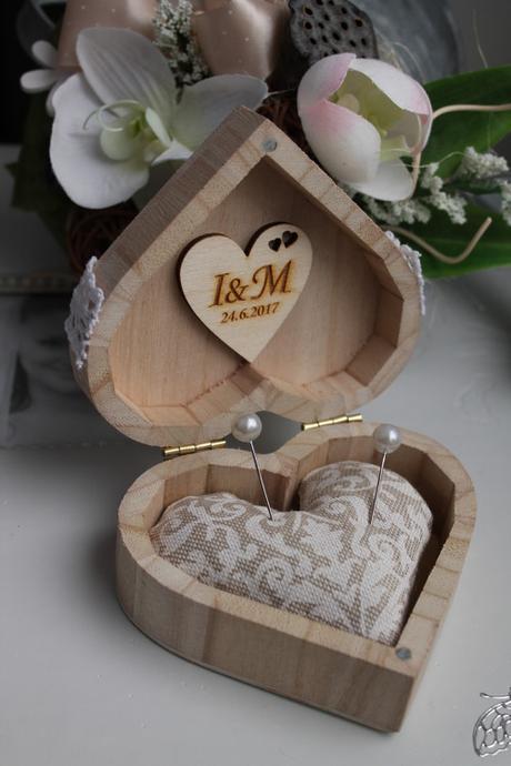 Krabička na prstýnky s polštářkem  - Obrázek č. 1