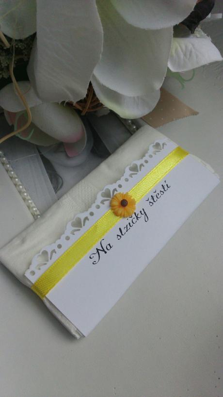 Kapesníček se slunecnici  - Obrázek č. 1
