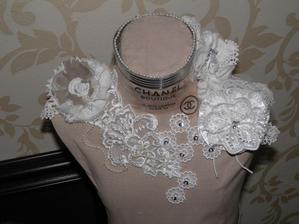 dekoratívna krajčírska panna v novom šate...