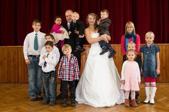 Dětské osazenstvo na svatbě