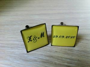 Svatebni manzetove kniflicky s datem 1.rande :)