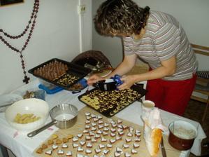 vše měla v režii moje maminka, díky níž jsou cukrovíčka opravdová mňamka!!!