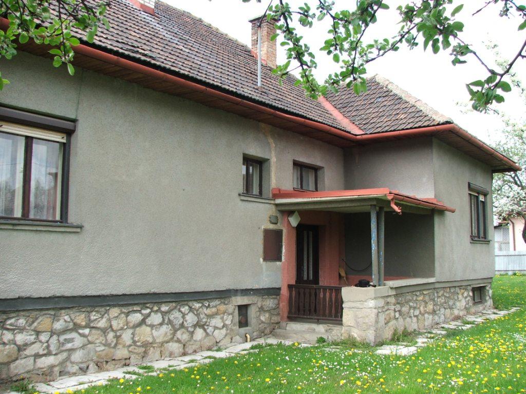 Dom so žltými dverami - pôvodný stav domu