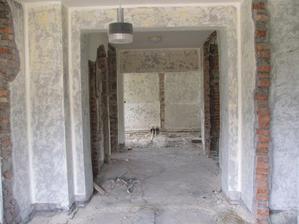 pohľad z terasy do domu