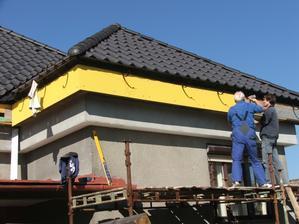 podbitie strechy - žlté cetrisové dosky