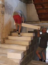 staviame nové schody do podkrovia
