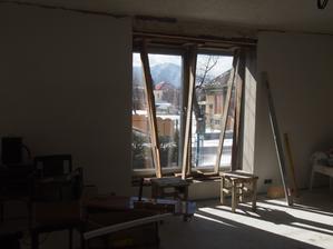 dokončujeme špalety okolo okien