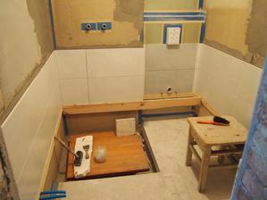 obkladanie malej kúpeľne