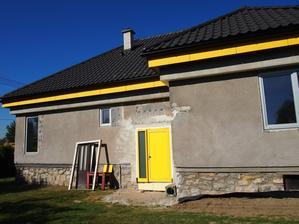 konečne s novými žltými dverami