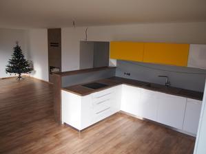 kuchyňa stále ešte nedokončená