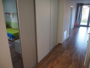 vchod z chodby do detskej izby