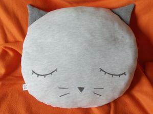 Vankúš mačka - 50 x 45 cm, zo staršej mikiny