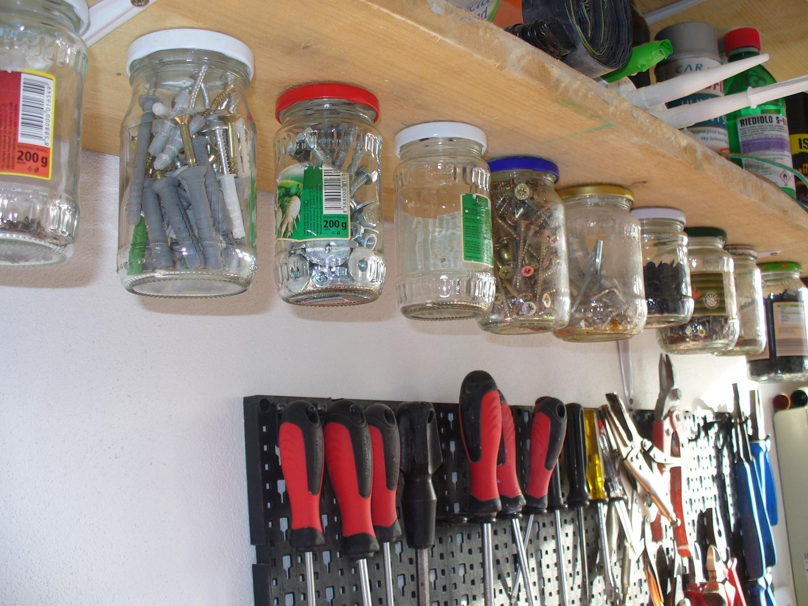 Náš domček na kopci :-D - náš úložný systém na šróby a klince :-)