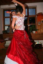 ...a pak kamarádi rozjeli velký taneční mejdan