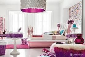 světlo......stačí zevnitř natřít a zvenku třeba nějak polepit....opět zachovat již použitý dekor či tvar!