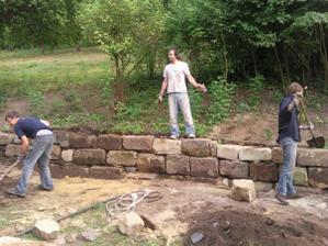 spravování pískovcové zdi
