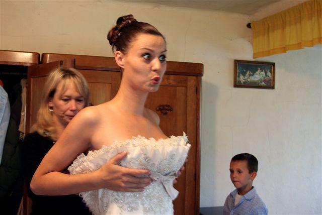 Šaru{{_AND_}}Zdeny Urbanovští - ...prsa nahoru, šaty dolu:)