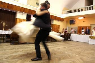 tanec s ženichem
